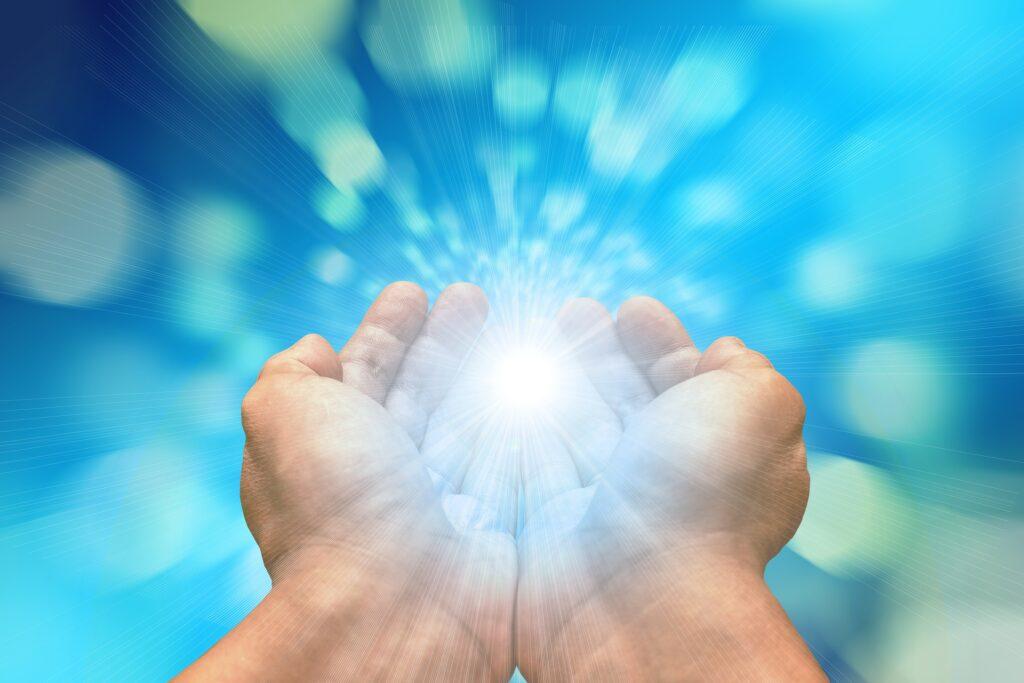 Modtag stærk og støttende fjernhealing i fred og ro hjemme hos dig selv